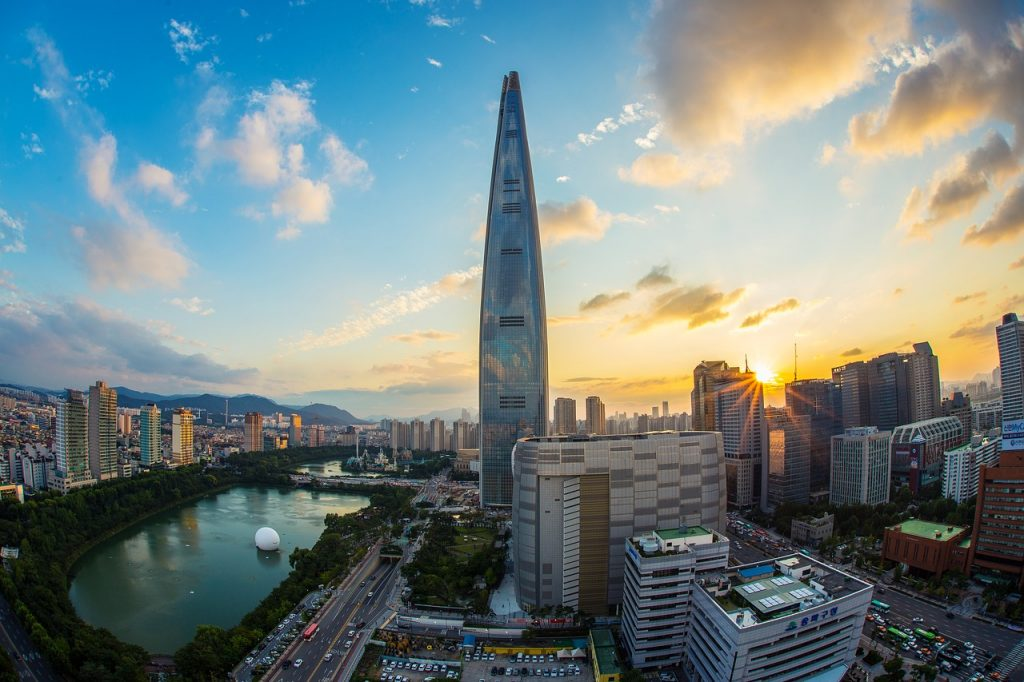 lotte-world-tower-1791802_1280-1024x682